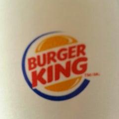 Photo taken at Burger King® by Lynda P. on 3/23/2013
