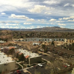 Photo taken at Tuscany Tower @ Peppermill by Kevin B. on 3/17/2015