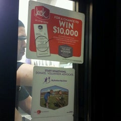 Photo taken at Jack in the Box by Abu M. on 6/26/2013