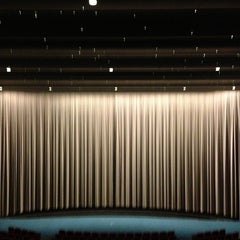Photo taken at Cinerama by Dave R. on 12/20/2012