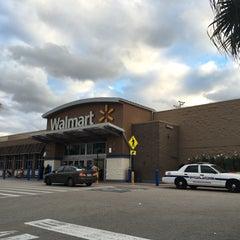 Photo taken at Walmart Supercenter by Erik on 11/24/2015