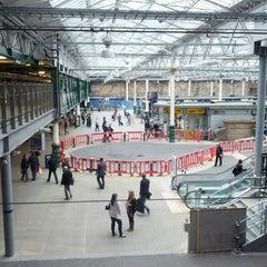 Photo taken at Edinburgh Waverley Railway Station (EDB) by Saleh A. on 6/5/2013