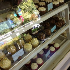 Photo taken at Cupcakes On Kavanaugh by Mike on 10/9/2012