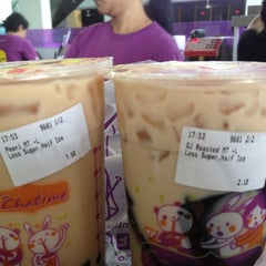 Photo taken at Chatime by Simon W. on 5/7/2015