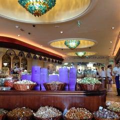 Photo taken at Wafi Gourmet وافي جورميه by Waleed H. on 4/18/2013