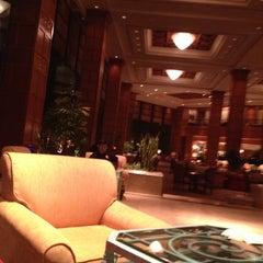 Photo taken at Shangri-La Hotel by Sean C. on 10/28/2012