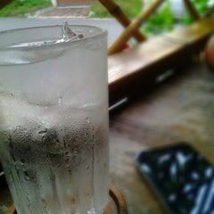 Photo taken at ร้านอาหารบังฝรั่ง (Bang Farang Restaurant) by Tull H. on 12/13/2012