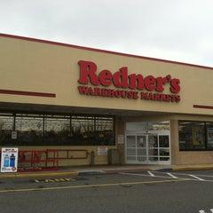 Photo taken at Redner's Warehouse Markets by Douglas S. on 4/11/2013