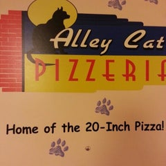 Photo taken at Alley Cat Pizzeria by Alyssa O. on 11/1/2012