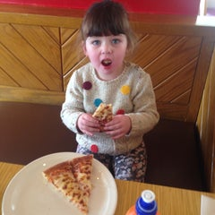 Photo taken at Pizza Hut by David T. on 2/25/2014