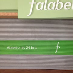 Photo taken at Falabella by Daniel F. on 9/14/2013