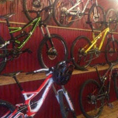 Photo taken at Kria Cycles by Guðmundur H. on 9/29/2012