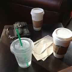 Photo taken at Starbucks by Ruben S. on 5/26/2013