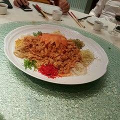 Photo taken at Oriental Pavilion Restaurant by Eddie Y. on 1/29/2016