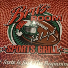 Photo taken at Bru's Room Sports Grill by Jose H. on 12/17/2012