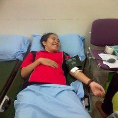 Photo taken at Universitas Batam (UNIBA) by Marintan Lestari S. on 4/13/2014
