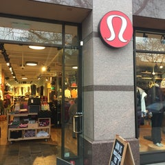 Photo taken at lululemon athletica by Eddie L. on 1/19/2016