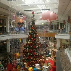 Photo taken at Amazonas Shopping by Andre V. on 11/20/2012