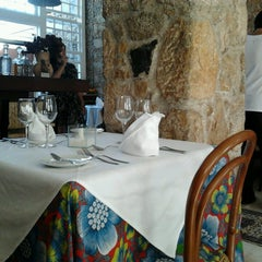 Photo taken at Porto Restaurante by Fernando R. on 7/28/2013