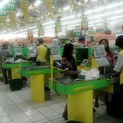 Photo taken at Giant Hypermarket by Eko M. on 9/21/2012