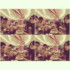 Photo taken at Solaria by Jindalle L. on 9/28/2013