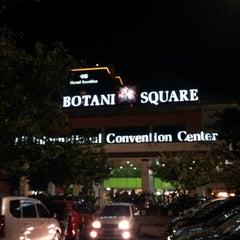 Photo taken at Botani Square by Hendra H. on 6/26/2013
