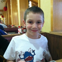 Photo taken at Big Boy by A.a. D. on 4/15/2013