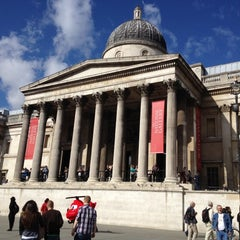 Photo taken at National Gallery by Quang N. on 9/29/2012