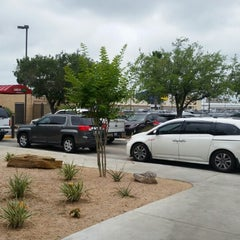 Photo taken at Chick-fil-A by Roy E. on 5/7/2015