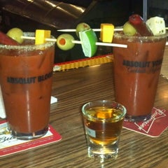 Photo taken at Pub 72 Bar and Grill by Jennifer P. on 12/2/2012