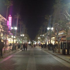 Photo taken at Third Street Promenade by Crystal H. on 1/5/2013