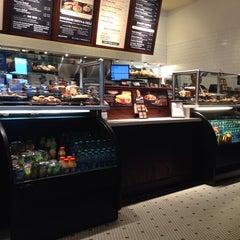 Photo taken at Corner Bakery Cafe by Cynthia N. on 10/16/2013