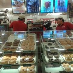 Photo taken at Krispy Kreme by Jorge C. on 5/11/2014