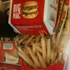 Photo taken at McDonald's by Gabriel G. on 1/25/2013