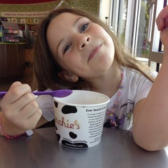 Photo taken at Menchie's by Alex O. on 9/7/2013