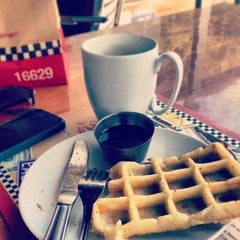 Photo taken at Grizzly - Breakfast Place & Diner by May E. on 6/22/2013