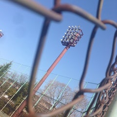 Photo taken at 上沼田東公園 by 東 on 3/16/2014