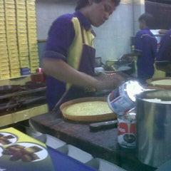 Photo taken at Martabak Bandung 999 by sotardodo on 11/18/2012
