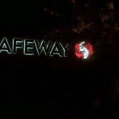 Photo taken at Safeway by Nuning  i. on 4/7/2013