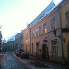 Photo taken at Kohvik Noorus by Raigo M. on 10/28/2012