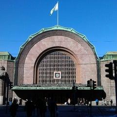Photo taken at VR Helsingin päärautatieasema by Jon K. on 3/17/2013