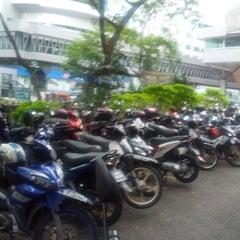 Photo taken at Kompleks Antarabangsa by izudin j. on 9/26/2012