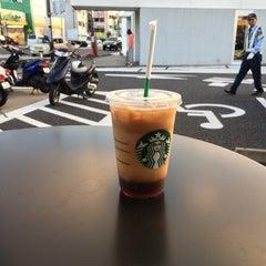 Photo taken at Starbucks Coffee 草津国道1号店 by 十級 習. on 8/22/2015