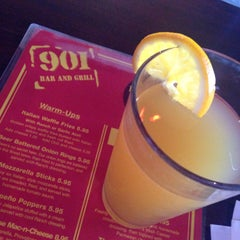 Photo taken at 901 Bar & Grill by Crown on 4/10/2015