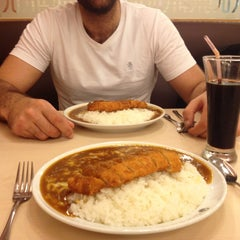 Photo taken at CoCo壱番屋   Curry House by Joanna L. on 5/13/2013