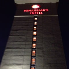 Photo taken at Renaissance Portsmouth-Norfolk Waterfront Hotel by Crystal V. on 7/5/2013