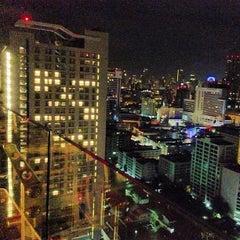 Photo taken at Fraser Suites Sukhumvit, Bangkok by nacazzo on 7/31/2013