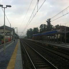 Photo taken at Stazione Camnago - Lentate by Luigi P. on 10/14/2012