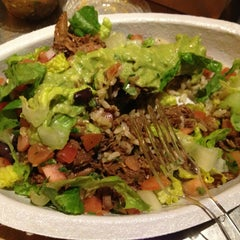 Photo taken at Chipotle Mexican Grill by Tamar S. on 1/14/2013