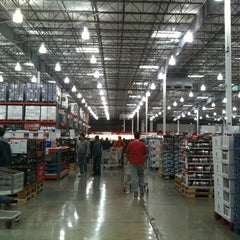 Photo taken at Costco by Lily Z. on 11/24/2012